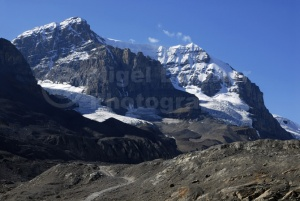 SC-0025 Mountain range, Icefield Parkway, Canada