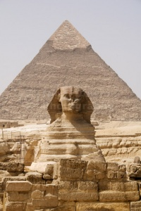 TR-0115 The Sphinx and Pyramid of Cephren